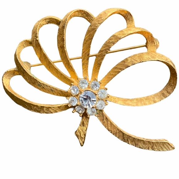 MAMSELLE VINTAGE SIGNED RHINESTONE GOLD PIN BROOCH